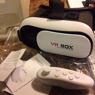 VR BOX VIRTUAL REALITY GLASSES w/ REMOTE
