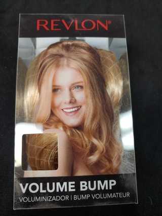NIP! Revlon Clip Lok Bangs-- Med Brown