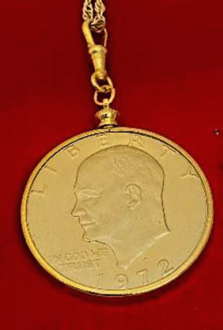 Eisenhower one dollar coin necklace 18 kt NWT