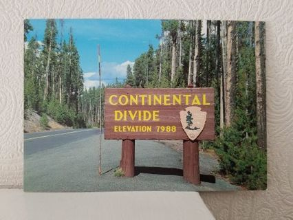 CONTINENTAL DIVIDE post card ( Yellowstone National Park )