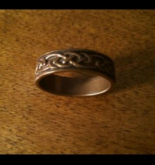 Handcrafted solid copper ring size 9
