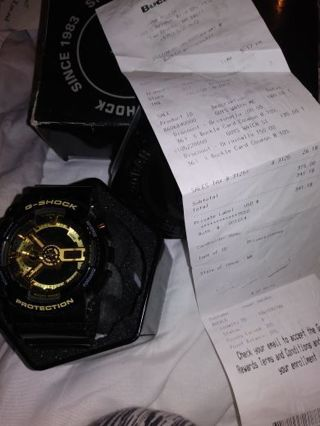 $150.00 G-SHOCK MENS WATCH basically new with receipt tin and box