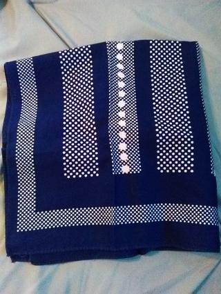 Beautiful Bandana -- Cotton Material -- NEW!!