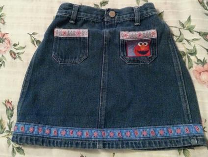Elmo skirt size 5T-so cute!