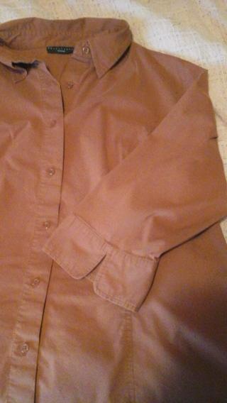 Size 16 button down blouse
