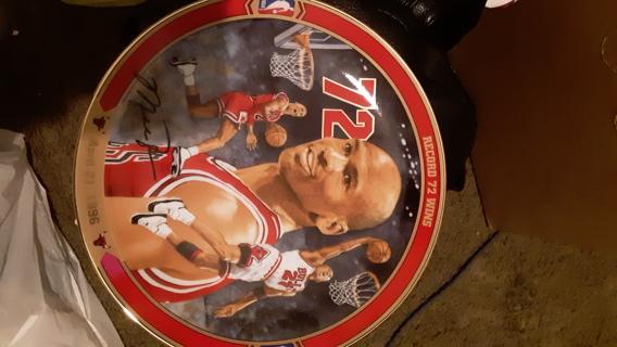 Collectible Plate of Michael Jordan