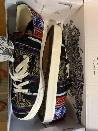 Women's inkkas Blackbird Low Cut Tapestry Sneakers- New