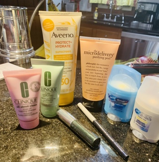 High End Body And Facial Health And Beauty & Make Up Lot: Clinique, Philosophy, Secret, Aveeno