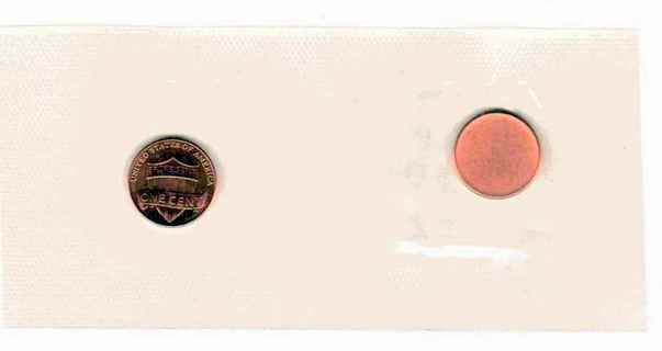 UNCIRCULATED U.S. 2013-D CENT (PENNY) AND PLANCHET ENCASED / LAMINATED IN CELLOPHANE!