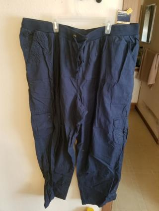 Basic Editions SZ 2x Cargo Pants BNWT