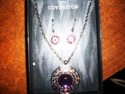 Earring,necklace set