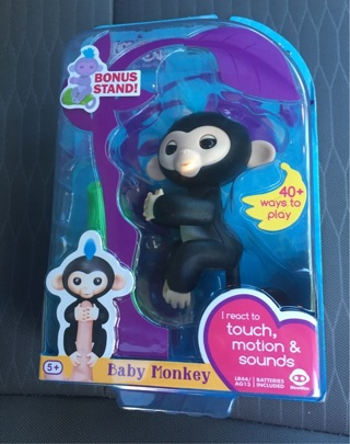 BNIP Monkey Fingerlings Finn Black Color + 1 FREE MYSTERY ITEM