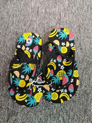 NWOT!! Baby Girls Flip Flops--Size S 5/6
