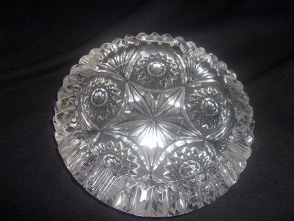 "1960's Mid Century Round Crystal Ashtray, Vertical Cuts & Hobstar, 6"" Round, 4 Grooves"