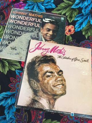 x2 JOHNNY MATHIS VINYL RECORDS VINTAGE FREE SHIPPING
