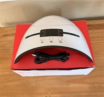 BNIB 36W LED UV Black/White USB Digital Nail Lamp