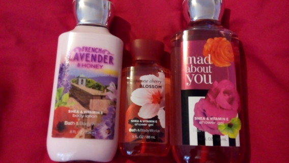 Lot of Bath and Body Works!!!!!