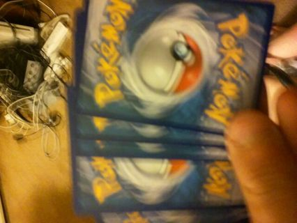 3 random pokemon cards