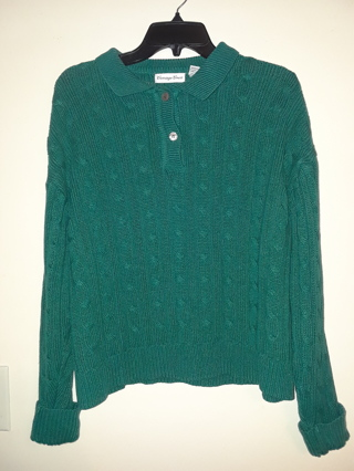 Ladies Pullover Sweater Top by Carriage Court. Size Large.