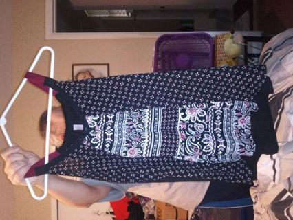 Women blouse by Xhilaration size XXL