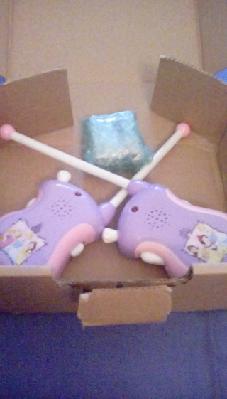 VERY GENTLY USED SET OF GIRLS PRINCESS WALKIE TALKIES