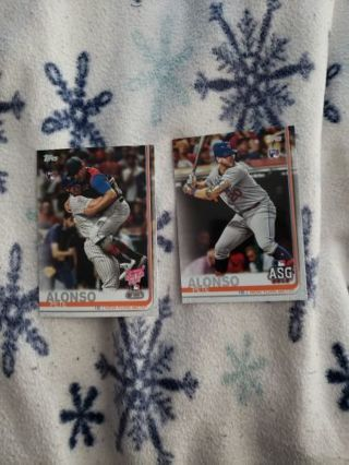 Pete Alonso 2 Rookie Card lot