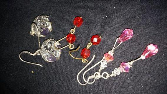 Lot of dangle earrings