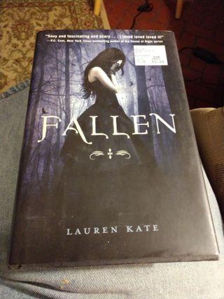 Fallen by Lauren Kate (hardcover)