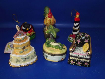 Porcelain Trinket Boxes Limoges? You Get Them All FREE SHIPPING Think Christmas!!