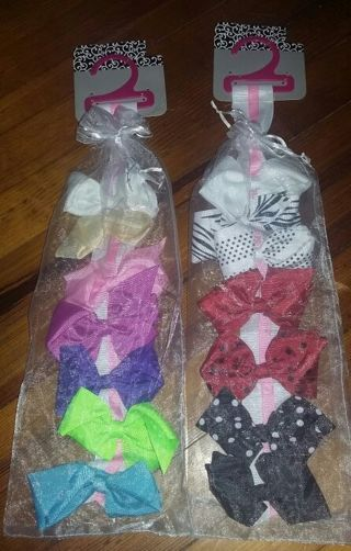 (14) NEW hair bows / barettes and (2) holders ♡♡