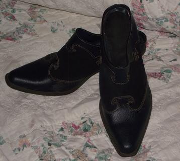 Classic Slip-on Bootie Navy Size 10