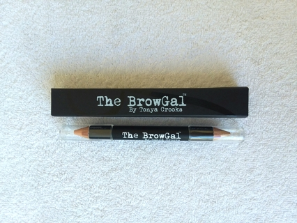 The BrowGal by Tonya Crooks Double Ended Highlighter Pencil Gold Nude