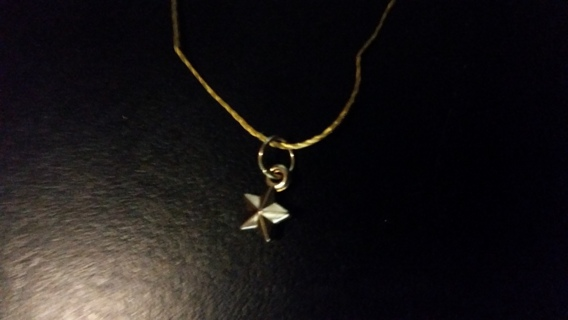 FREE GOLDEN STAR CHARM NECKLACE