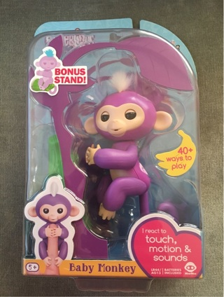 BNIP Fingerlings Baby Monkey Mia + 1 FREE MYSTERY ITEM