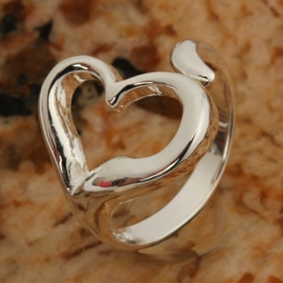 Exquisite 925 Silver Plated Heart Style Adjustable Ring