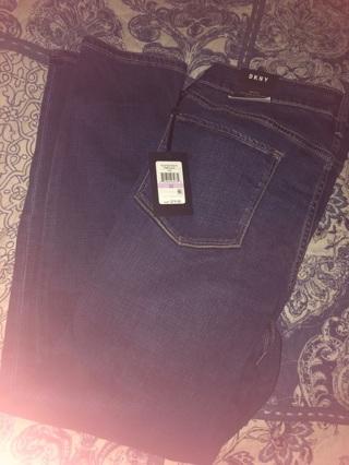 Woman's size 14 Dkny jeans plus bonuses