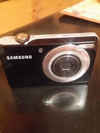 samsung digital camera only works great
