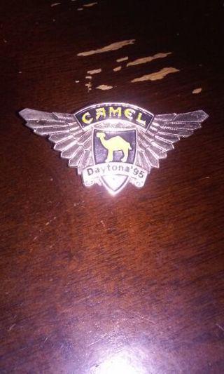 Camel daytona 95 pin