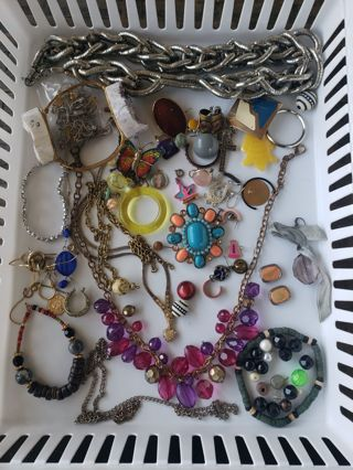 Destash Broken Junk Jewelry Crafts Etc