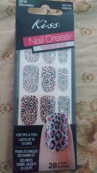 Kiss Nails Stickers