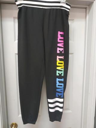 "NWOT---Bobbie Brooks Ladies ""LOVE"" Sweat Pants- Size SMALL"