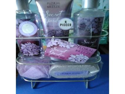 Ladies 6 Piece Scent Garden Set/GIN is Free Shipping Only