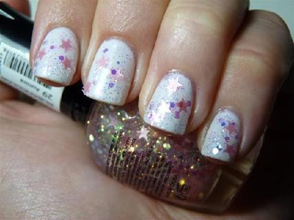 Free Kleancolor Aurora Star Confetti Holo Pink Glitter Nail Polish