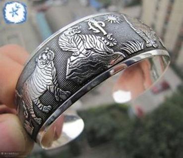 Tibet Silver Tiger Carved Cuff Bracelet