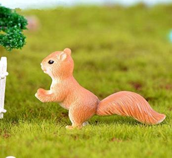 4pcs Cute Mini Squirrel Animal Miniature FigurinesFairy Garden Terrarium