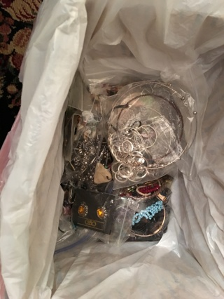 Lot of Good Jewelry & some not so good! Crafts