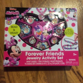 Minnie Mouse jewelry activity set