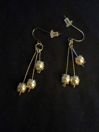 Pretty faux pearl earrings