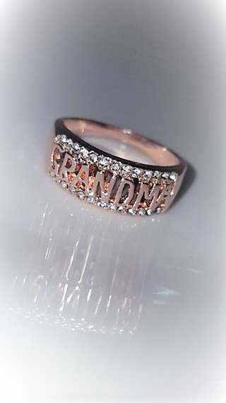 Rose Gold Grandma Ring Size 8