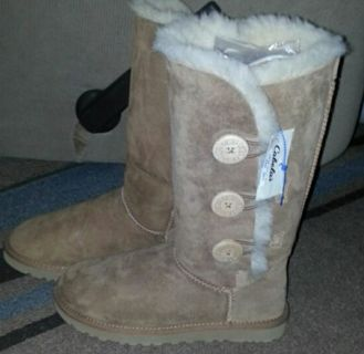Nwtgs Bailey Button ugg boots!!!